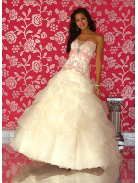 Discount House of Wu Quinceanera Dresses Style Q947