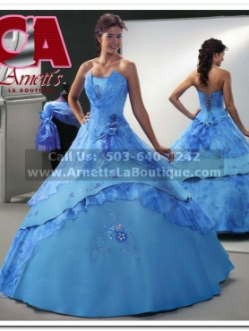 Discount Nina Resens Quinceanera Dresses Style DR185