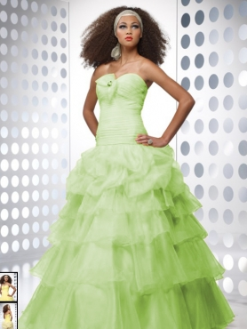 Discount Beautiful ball gown sweetheart-neck floor-length 2011 Tiffany Quinceanera Dress 26656