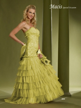 Discount Fascinating ball gown sweetherat neck floor-length sleevelessl Macis Quinceanera Gown 3955