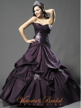 Discount 2012 Beautiful Ball gown Sweetheart Floor-length Quinceanera Dresses Style 921843