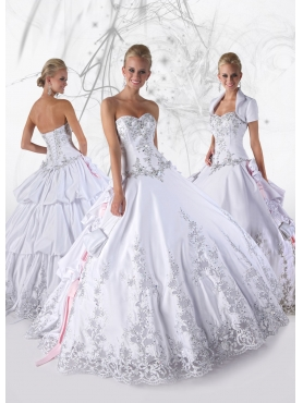 Discount 2012 Elegant Ball gown Sweetheart Floor-length Quinceanera Dresses Style 80086