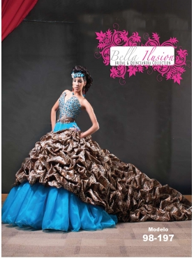 Discount 2012 Amazing Ball gown Sweetheart Chapel train Quinceanera Dresses Style AP98-197