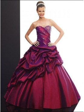 Discount 2012 Pretty ball gown sweetheart-neck floor-length quinceanera dresses Q502