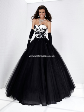 Discount Tiffany Prom Dresses Style 16871