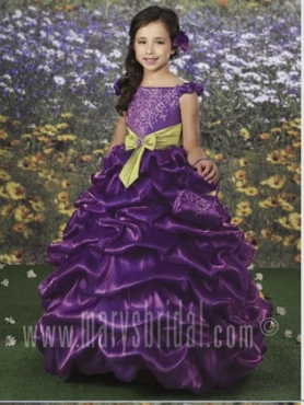 Discount 2012 Romantic Purple A-Line Off the shoulder Floor-length Flower Girl Dresses Style F10-F891