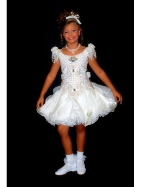 Discount Beautiful Scoop White Short Beading Little Girl Pageant Dress