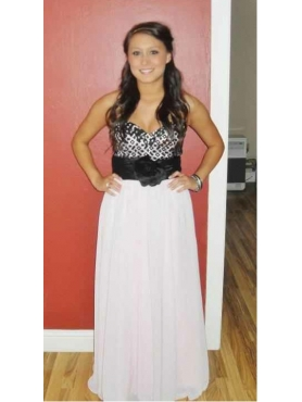 Discount Column White Sweetheart Long Prom Dress