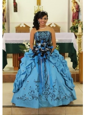 Discount Embroidery Blue Strapless Quinceanera Dress