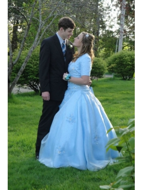 Discount Exquisite Light Blue Sweetheart Appliques Quinceanera Dress