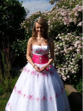 Discount Luxurious White Strapless Appliques Quinceanera Dress