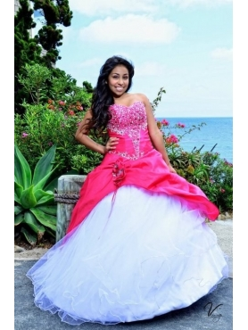 Discount Red and White Sweetheart Appliques Quinceanera Dress
