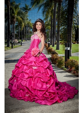 Discount Exquisite Beading Strapless Hot Pink Quinceanera Dress