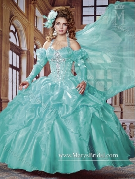Discount 2015 Luxurious Halter Top Quinceanera Dresses with Beading and Pick Ups MRYS011