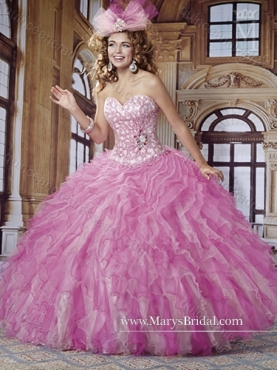 Discount 2015 Wonderful Sweetheart Quinceanera Dresses with Beading and Ruffles MRYS017