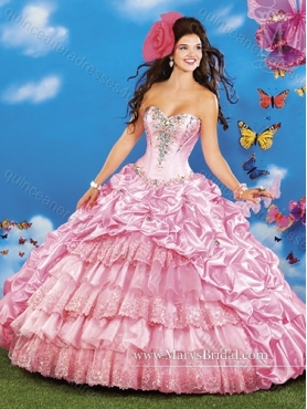 Discount Elegant Sweetheart 2015 Quinceanera Dresses with Beading and Ruffled Layers MRYS036