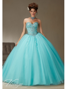 Discount Beautiful Sweetheart Beaded and Applique Quinceanera Gown in Aqua Blue