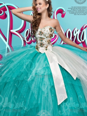 Discount LuxuriousTulle White and Blue Detachable Sweet Fifteen Dress with Beading and Bowknot