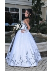 images/v/20130328/white-and-black-sweetheart-appliques-wedding-dress-0.jpg