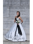 images/v/20130328/white-and-black-sweetheart-appliques-wedding-dress-1.jpg