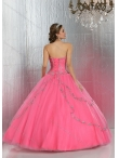 images/v/20150417/2015-summer-pretty-quinceanera-dresses-with-beading-divc009-1.jpg